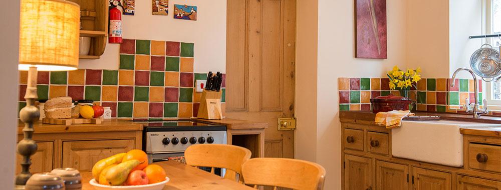 granary-cottage-kitchen-new-slide